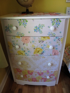 found at the thrift, thrifted linens, thrifted sheets, vintage sheets, DIY, sheet, mod podge, mod podge dresser, vintage dresser, vintage dresser mod podge,